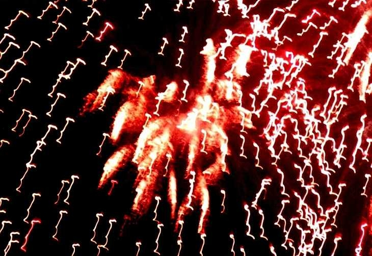 Fee-fall light-forms. Firework display, London